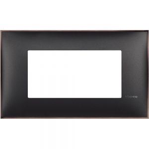 Декоративна рамка италиански стандарт 4 модула, черно със никел